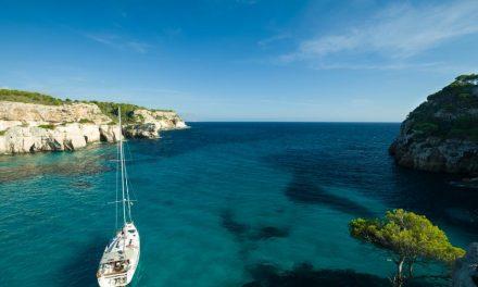 Mer méditerranée ou océan Atlantique : Que choisir pour ses vacances ?