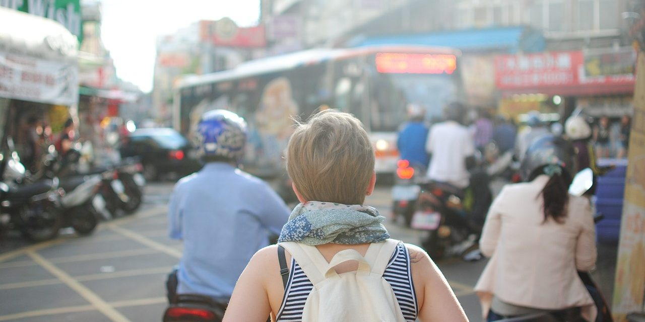Cinq astuces pour voyager moins cher